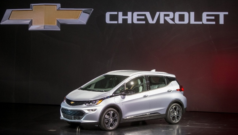 Chevy Bolt EV debuts at CES