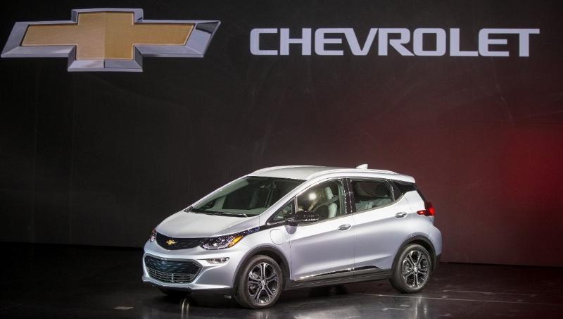 Chevy Bolt EV debuts at CES