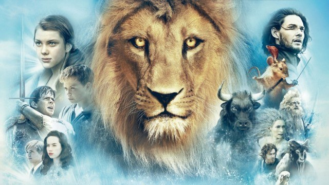 Poster art for 'The Chronicles of Narnia with The Lion, the Witch and the Wardrobe'.