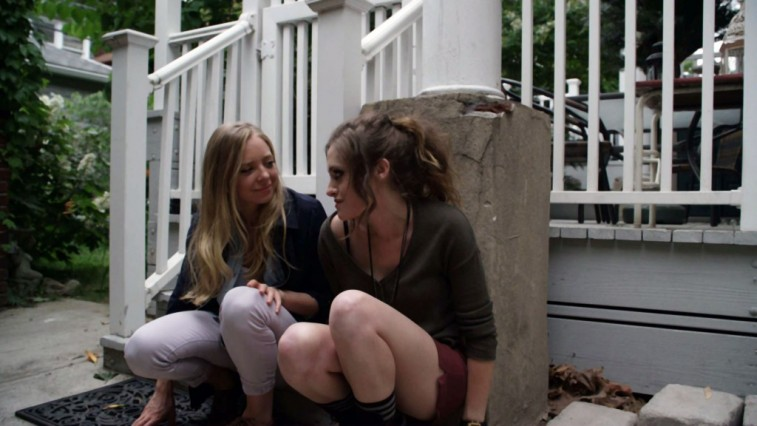 Portia Doubleday (L) and Carly Chaiken in Mr. Robot