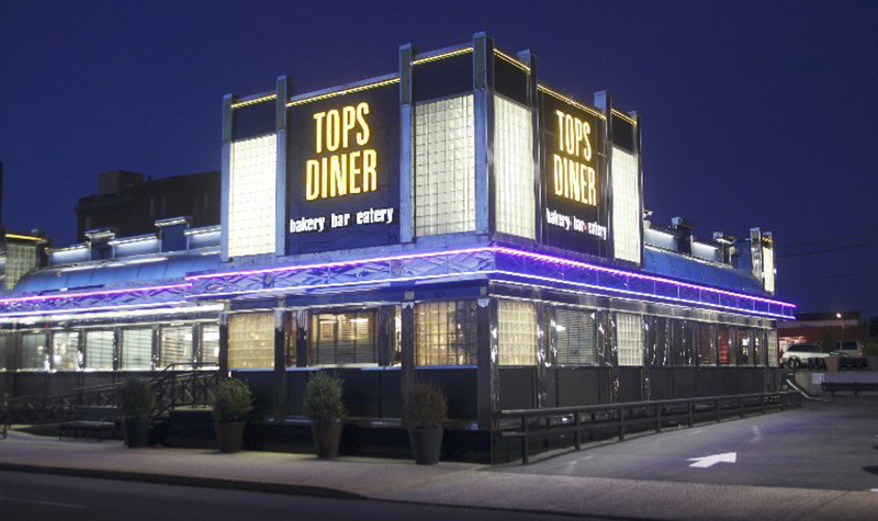 Night shot of Tops Diner in New Jersey