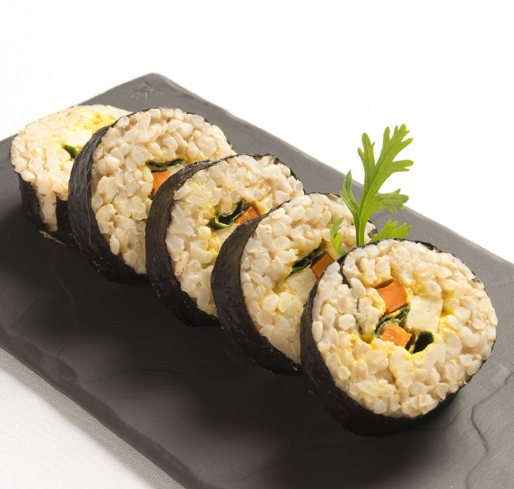 veggie-sushi-rolls-recipe-720x685
