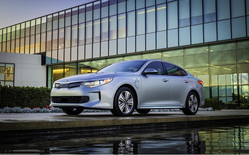 5 Electric Vehicles Competing For 2017 Green Car Of The Year