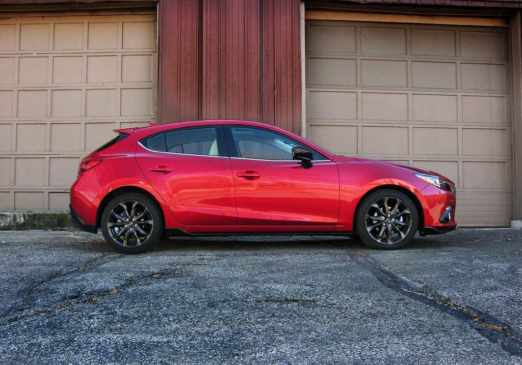 2016 mazda3 gt review the enthusiasts 39 compact hatchback. Black Bedroom Furniture Sets. Home Design Ideas