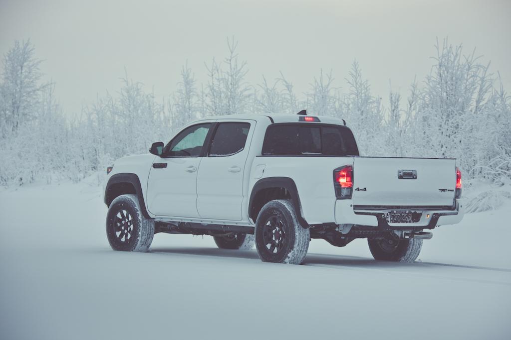 2017_Toyota_Tacoma_TRD_Pro_09_EE90ABEC0B5E0673FEDDB5593A5AC27A77B099B5