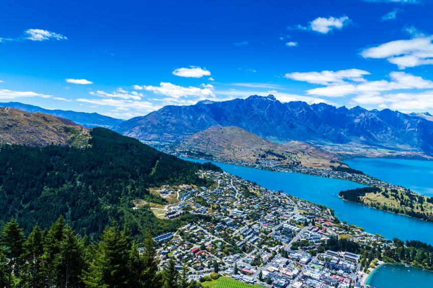 Queensland, New Zealand