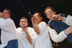10 of the Worst Songs of the 1990s
