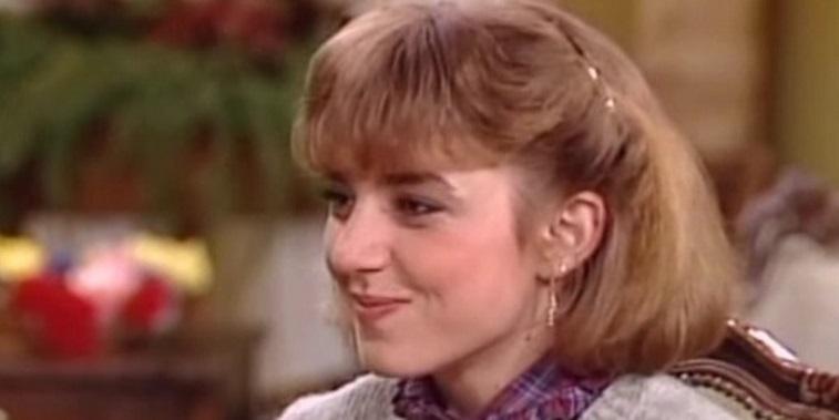 "Dana Plato smiles on ""Diff'rent Strokes."""