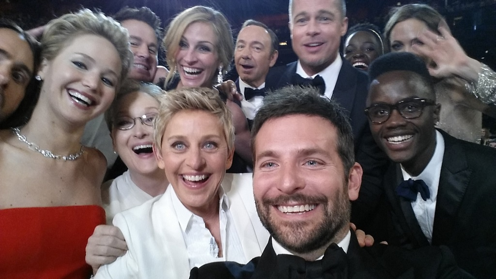 Ellen DeGeneres Oscars - Ellen DeGeneres gives her viewers members $1 million