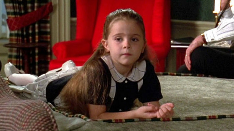 Mae Whitman in Independence Day