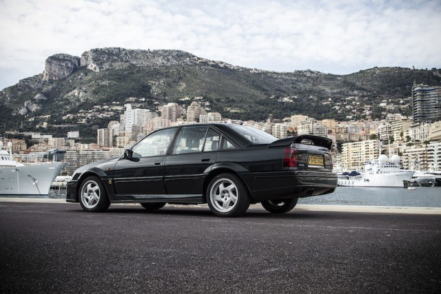 the lotus carlton the greatest car you ve never heard of. Black Bedroom Furniture Sets. Home Design Ideas