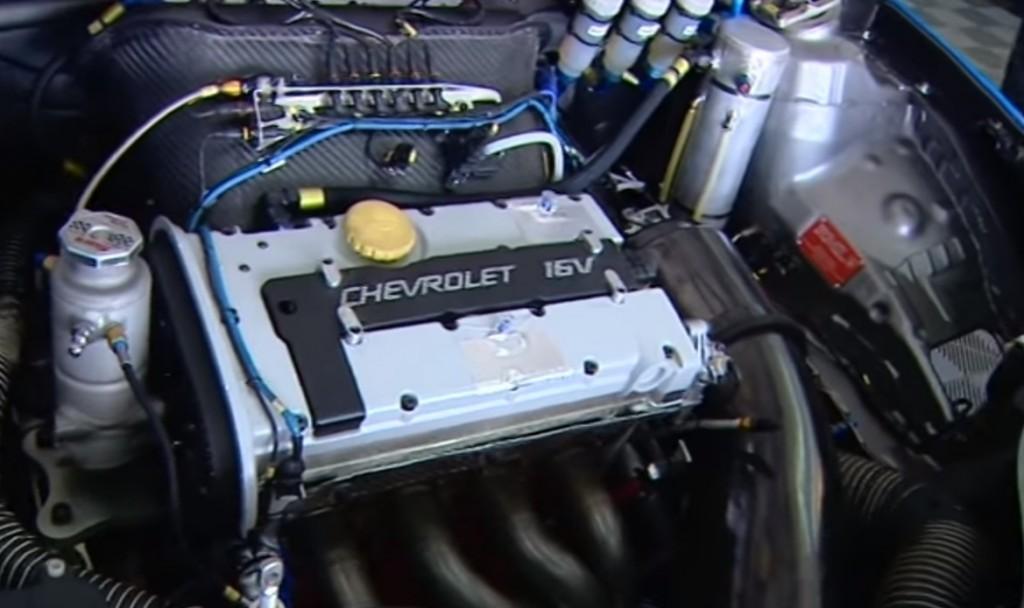 Wtcc Chevy Cruze Engine