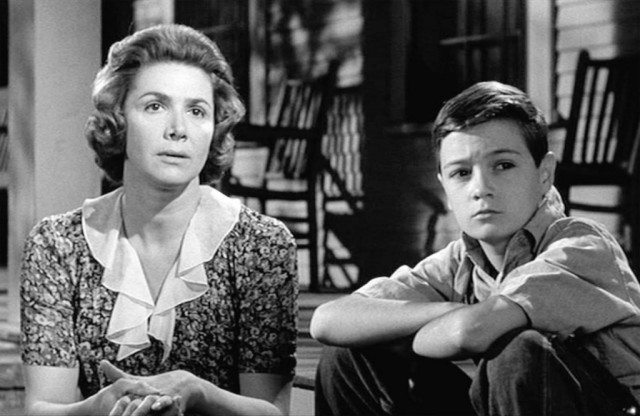 Miss Maudie (Rosemary Murphy) and Jem Finch (Phillip Alford) in 'To Kill a Mockingbird'