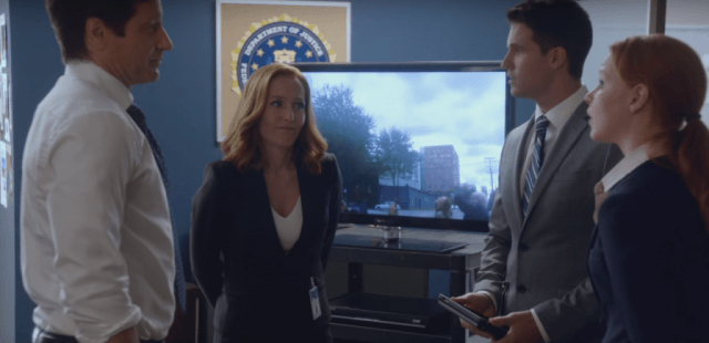 """David Duchovny, Gillian Anderson, Robbie Amell and Lauren Ambrose in a scene from 'The X-Files' episode """"Babylon"""""""