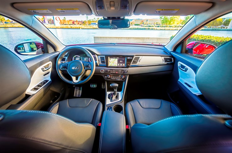 The interior of the 2017 Niro Touring