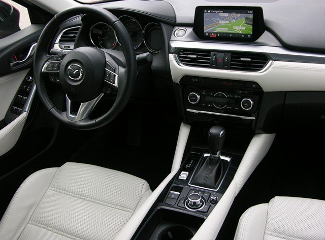 2016 mazda6 review a sedan king in a deck of queens. Black Bedroom Furniture Sets. Home Design Ideas