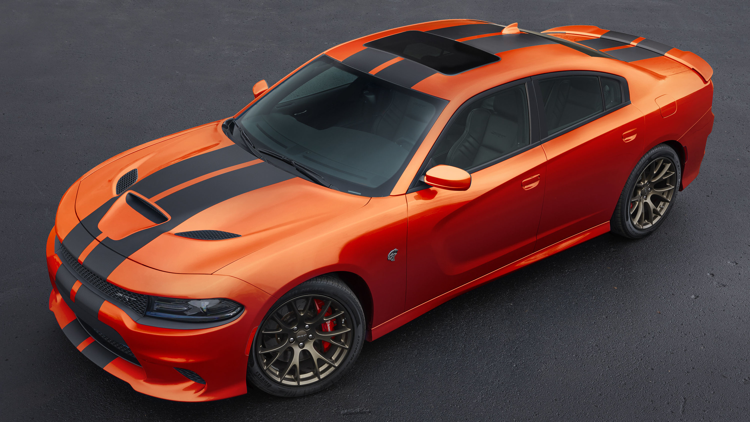 2016-dodge-charger-challenger-srt-mango-orange-004-1