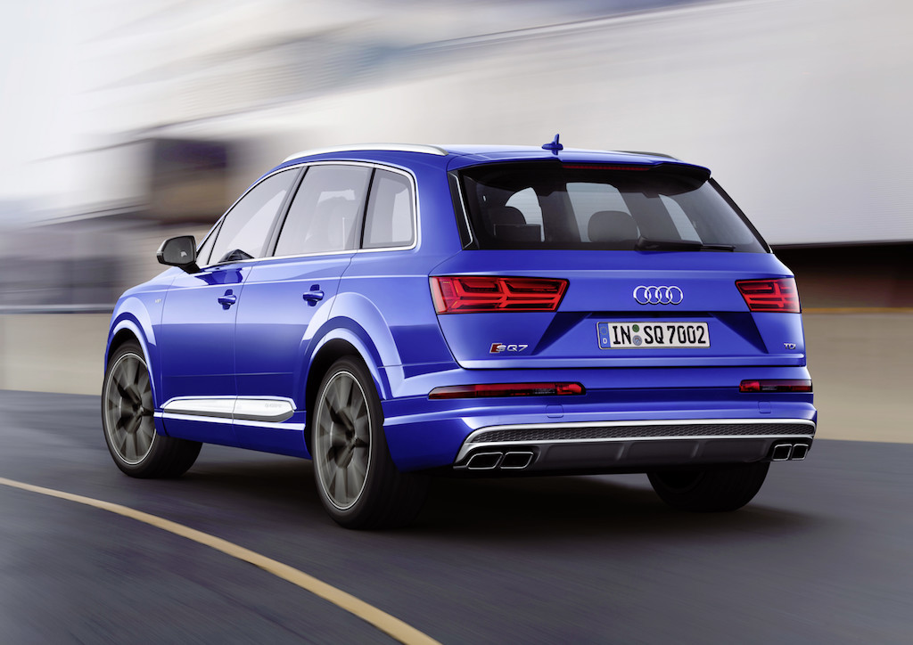 Audi SQ7 Dynamic photo, Colour: Sepang Blue