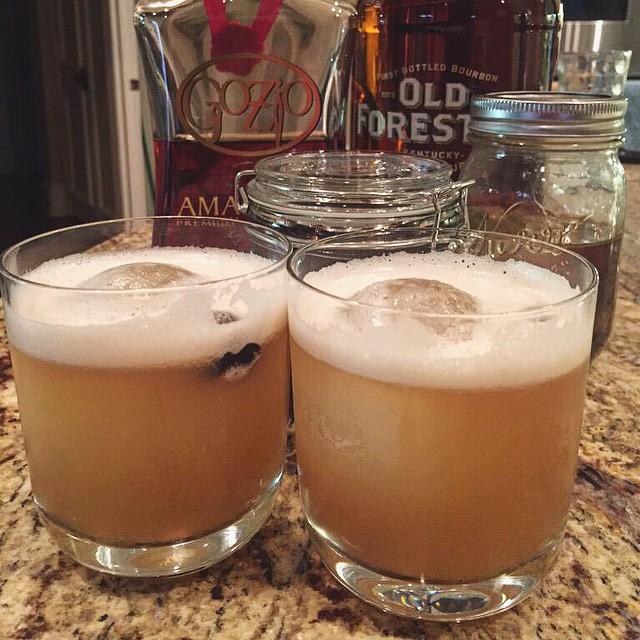 Amaretto Sour Cocktails