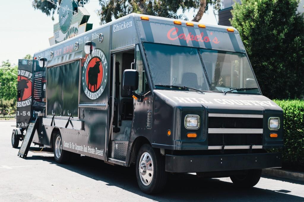 Capelo's Barbecue Food Truck