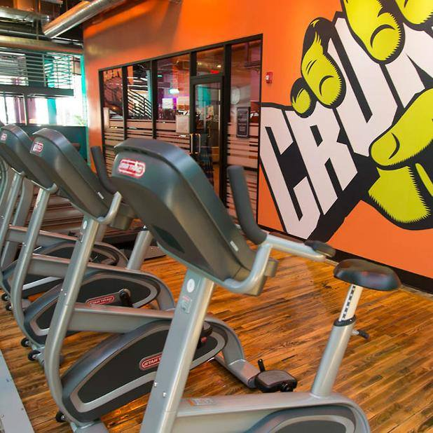 Crunch gym