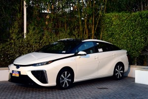 Quick Drive: Toyota Mirai Fuel Cell Feels Like the Future
