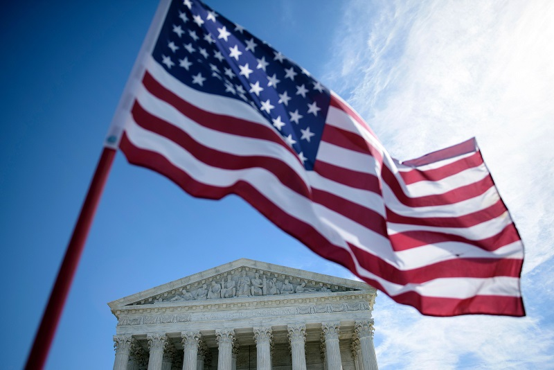 Flag in front of the Supreme Court