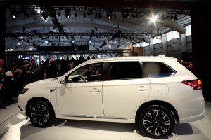 Mitsubishi Outlander PHEV Remains a Mystery After U.S. Reveal