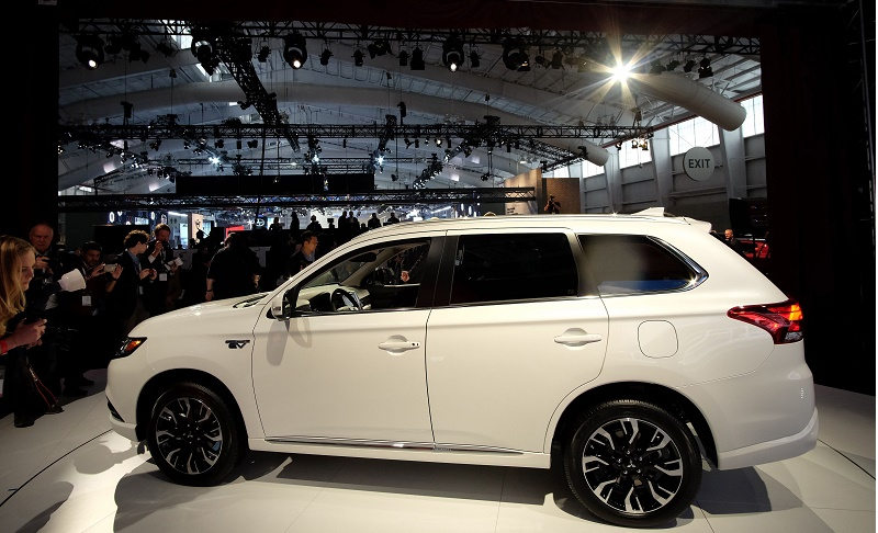 The 2017 Mitsubishi Outlander Plug-In Hybrid SUV is unveiled during the New York International Auto Show on March 24, 2016. / AFP / Jewel SAMAD (Photo credit should read JEWEL SAMAD/AFP/Getty Images)
