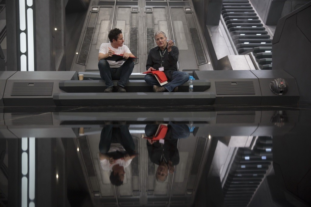 JJ Abrams and Lawrence Kasdan talk on set of Star Wars The Force Awakens