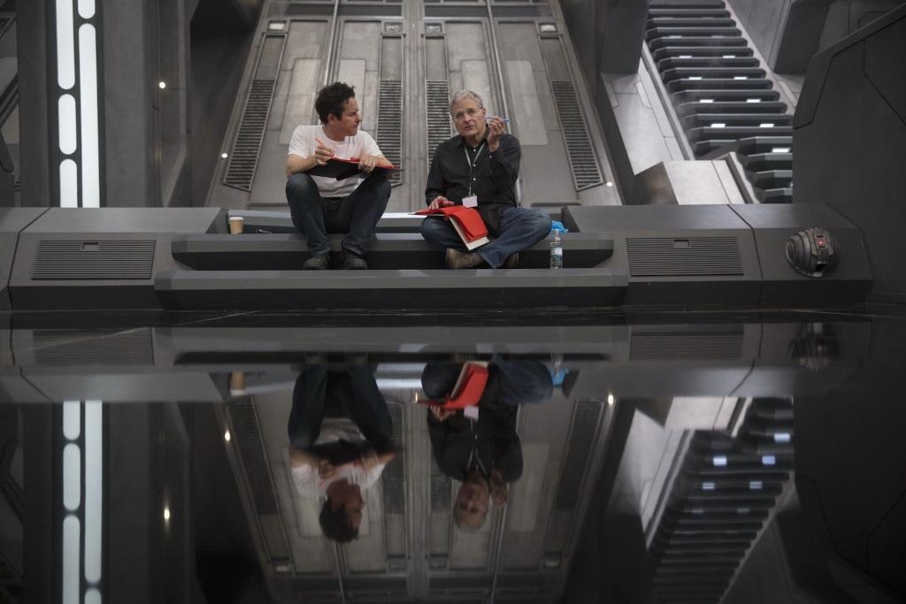 JJ Abrams and Lawrence Kasdan talk on set of Star Wars The Force Awakens