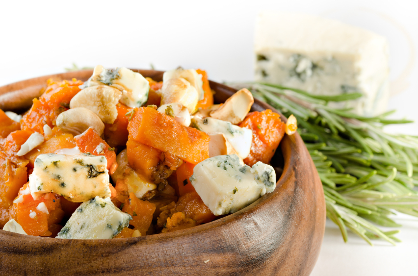 Roasted pumpkin with blue cheese and cashew nuts