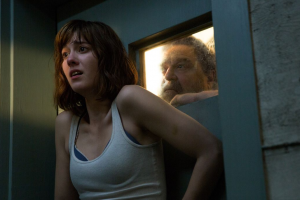 '10 Cloverfield Lane': A Gloriously Stressful Non-Sequel