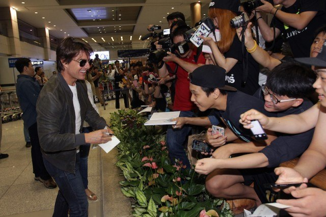 Tom Cruise arrives at the airport in Incheon, South Korea
