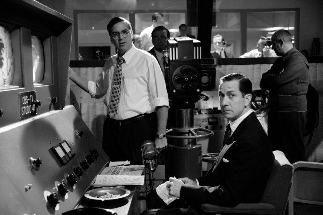 George Clooney and David Strathairn star as Fred Friendly and Edward R. Murrow in 'Good Night, and Good Luck'