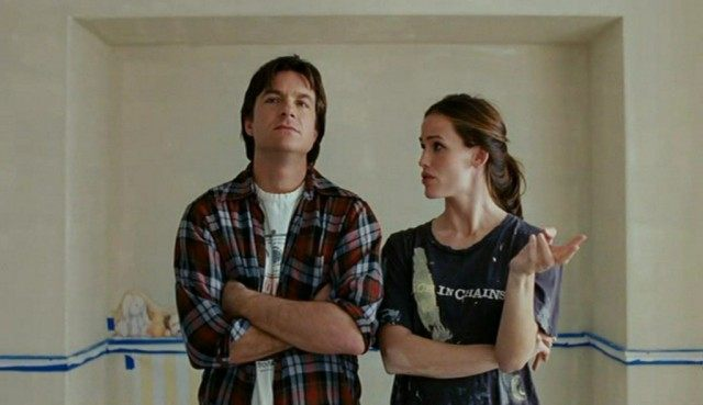 Mark (Jason Bateman) and Vanessa (Jennifer Garner) discuss paint colors for their child's nursery in a scene from 'Juno'
