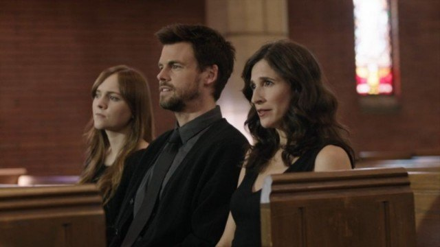 Laura (Tara Lynne Barr), Alex (Tommy Dewey) and Valerie (Michaela Watkins) attend a funeral in a scene from 'Casual'