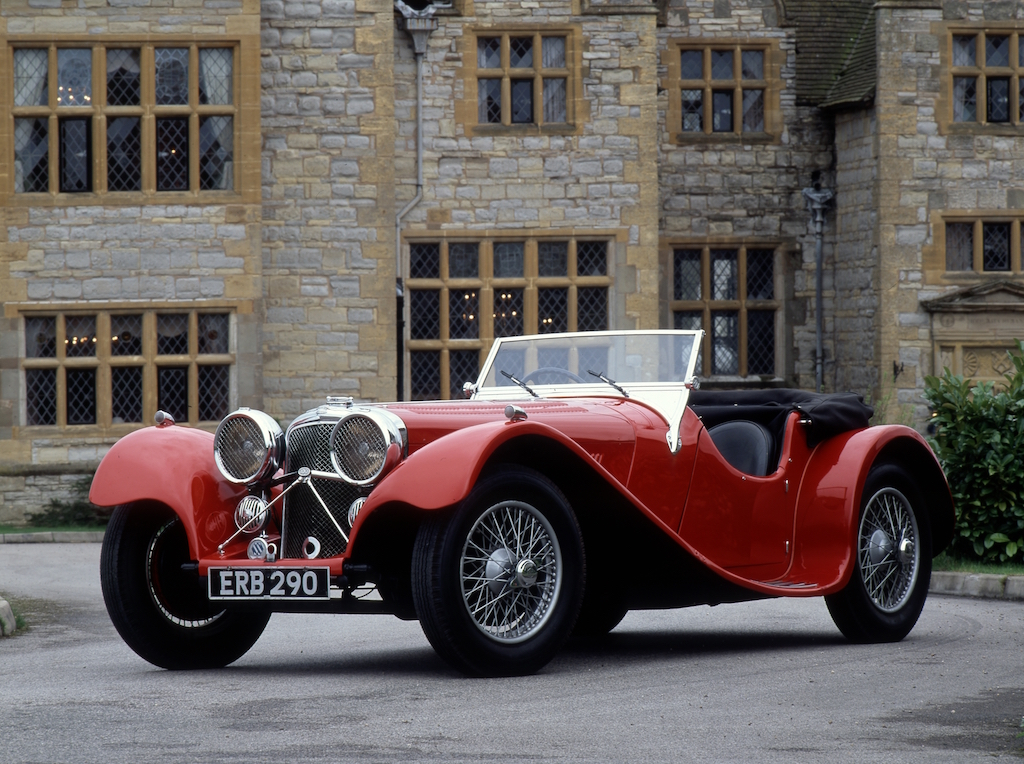 Jaguar XK120: The World\'s First Supercar