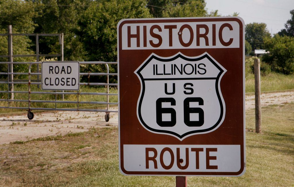 Route 66 sign in Illinois
