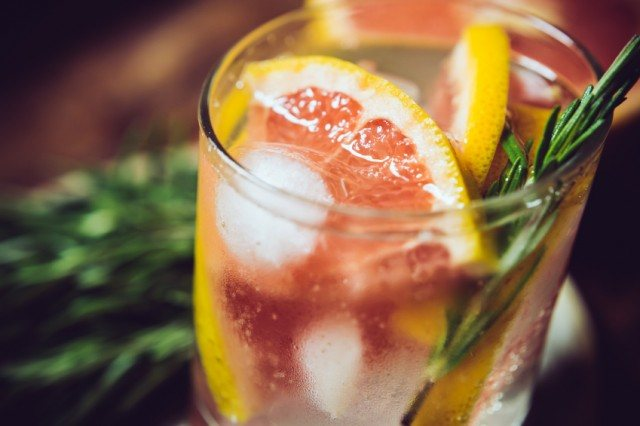 cocktail with grapefruit and rosemary