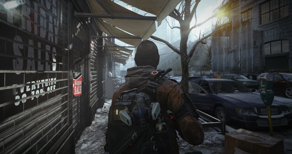 A Division Agent walks in New York