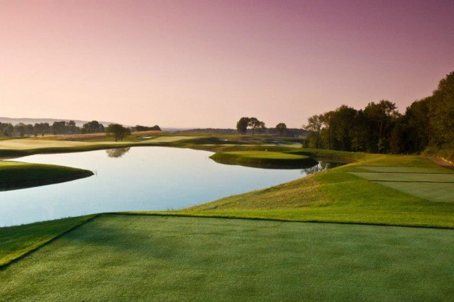 members-only Trump National Golf Club in New Jersey