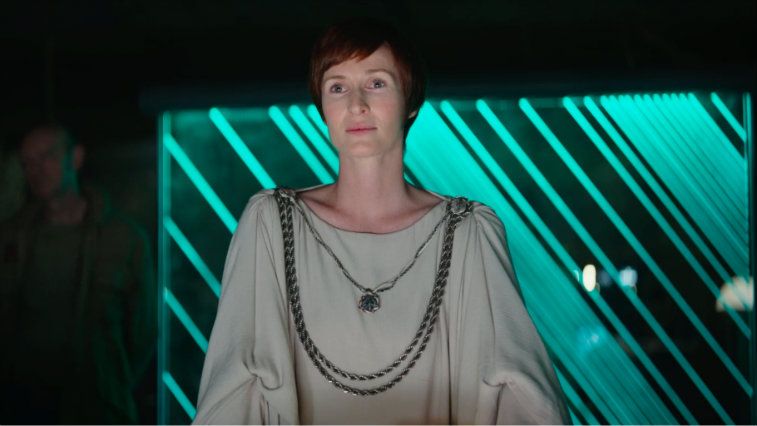 Genevieve O'Reilly in Rogue One: A Star Wars Story