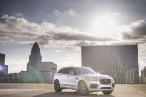 Jaguar Returns to its Roots, Launches Straight-Six Engines for 2017