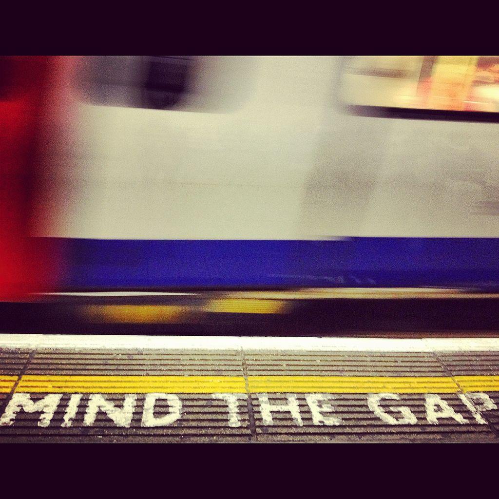 Mind the Gap signage