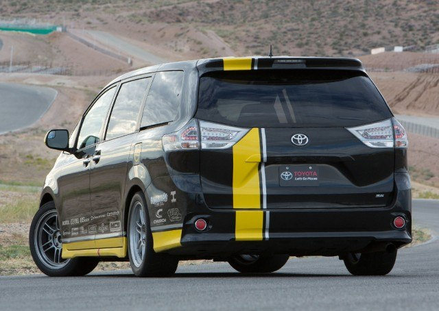 One lap of America Toyota Sienna