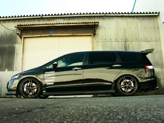 Pimped Out Minivans 6 Vans You Ll Wish You Had