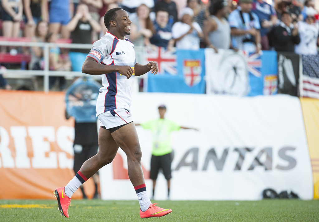 Carlin Isles laughing and having fun during a 2015 game against Japan