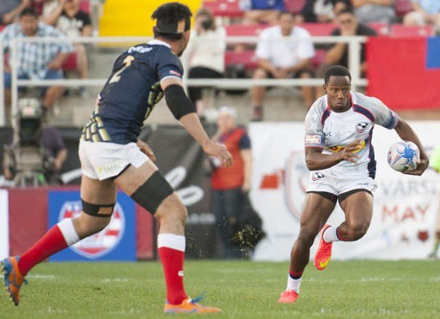 Carlin Isles sprinting with the ball during a rugby game in Las Vegas