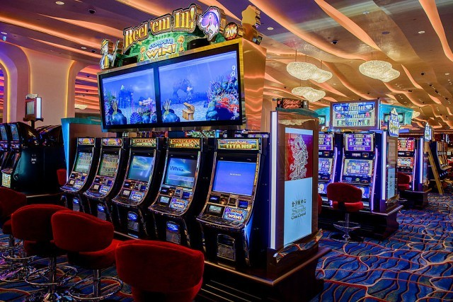 Odds of slot machines in vegas condado plaze hotel and casino